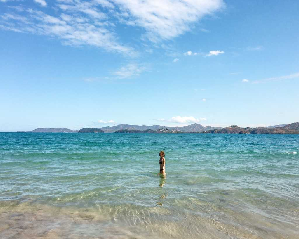 10 reasons to visit Costa Rica: clear blue ocean