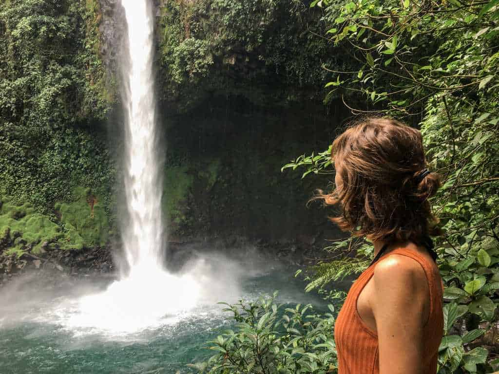 10 reasons to visit Costa Rica: jungle waterfall